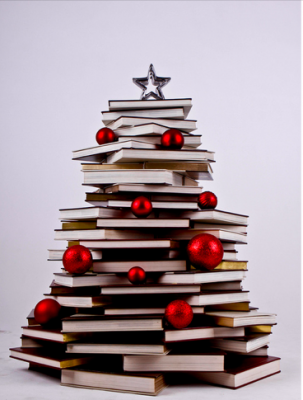 Risultati immagini per immagini albero fatto di libri